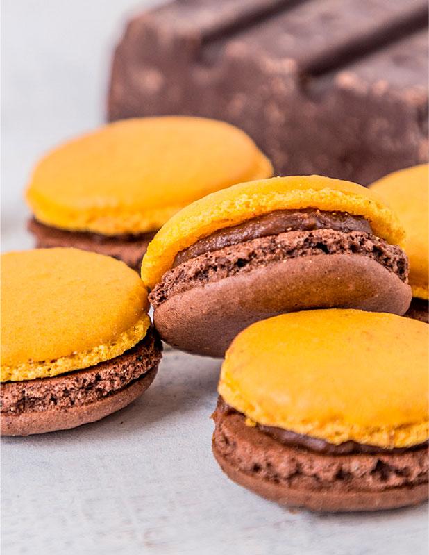 macarons naranja y chocolate